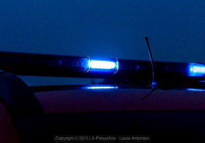 neon lys under bilen