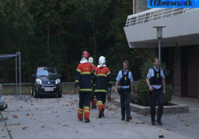 Mand skød sig selv på boldbane ved boligområde i Korsør