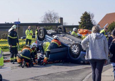 FUH Korsør - Bil væltede om på taget.