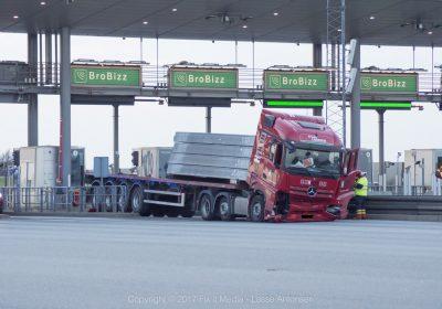 Lastbil i uheld ved Storebæltsforbindelsen