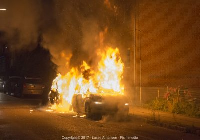Voldsom bilbrand i Korsør.