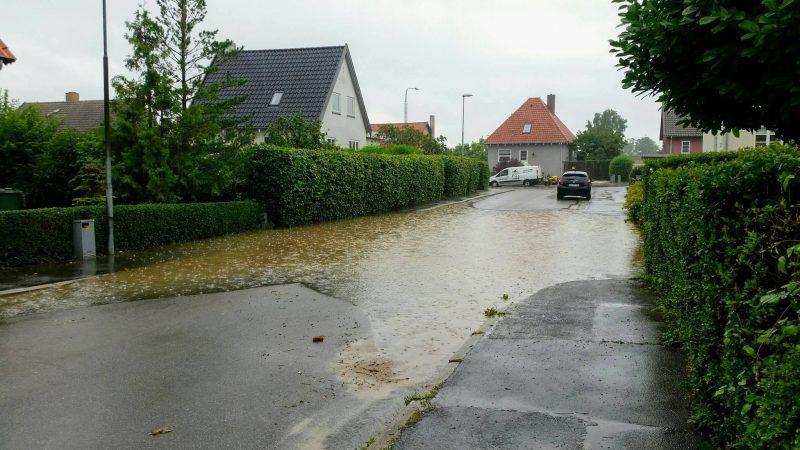Oversvømmelse efter kraftig torden og skybrud i Korsør.