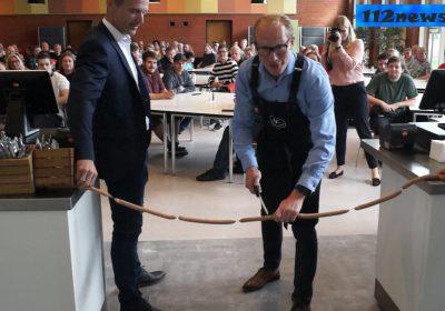 Ringsteds borgmester Henrik Hvidesten indvier Food Hall ZBC