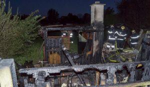 Kolonihavehus brændte ned til grunden i Slagelse.