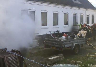 Ejendom voldsomt skadet under brand på Annagade i Korsør.