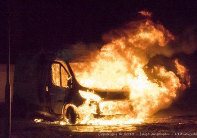 Voldsom brand i kassebil på Solbakkevej i Korsør