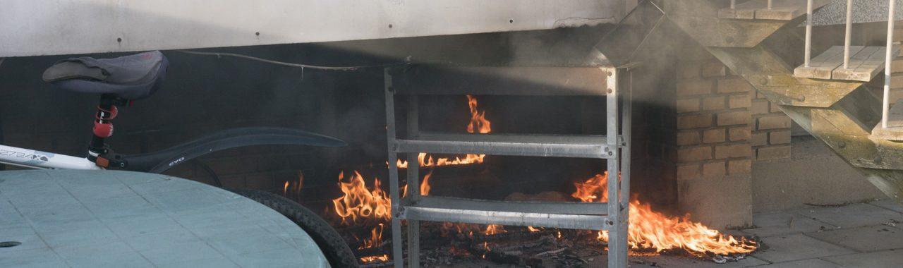 Beboere evakueret under brand i etageejendom på Motalavej i Korsør