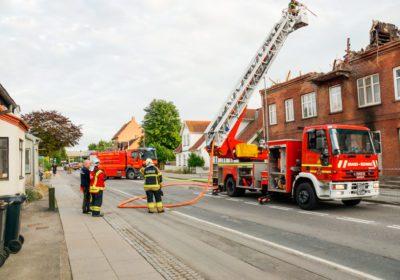 Brand i etageejendom på Kalundborgvej i Slagelse blusset op igen.