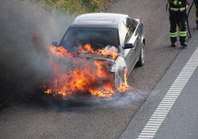 Bilbrand på vestmotorvejen ved Slagelse