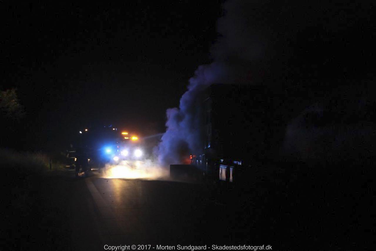 Brand i lastbil på Omfartsvejen